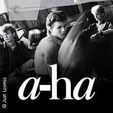 a-ha - play hunting high and low live 2022
